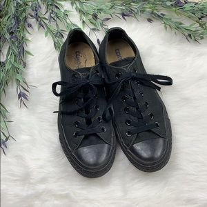 Converse Black Low Top Sneakers